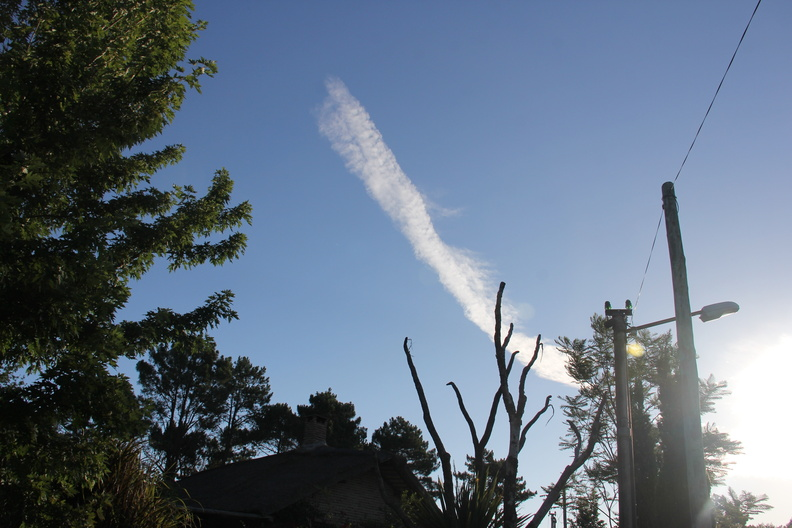 Chemtrail in Uruguay three 1-7-2016.JPG